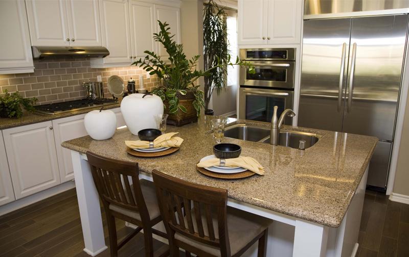 Hamilton Arctic White Thermofoil Kitchen Cabinets