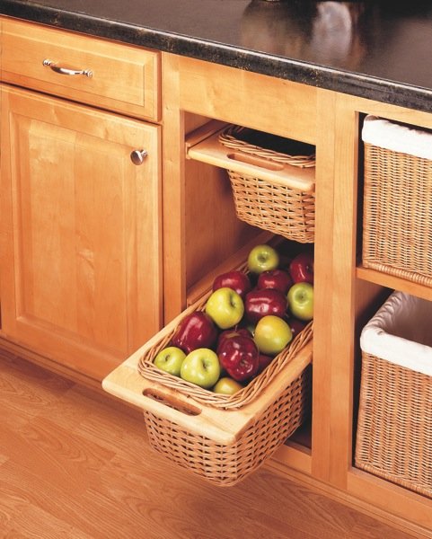 Kitchen Cabinet Baskets: RL Pull-Out Rattan Basket For 15'' Base Cabinnet 7041500